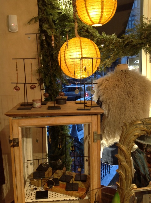 Twinkly lamps and the Mongolian vest in natural
