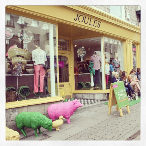 Joules, shoppable across the UK and at www.joules.com (I'll take a pink sheep please too, Tom!)